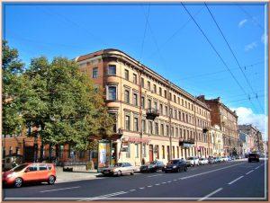 Петербургские адреса Миклухо-Маклая