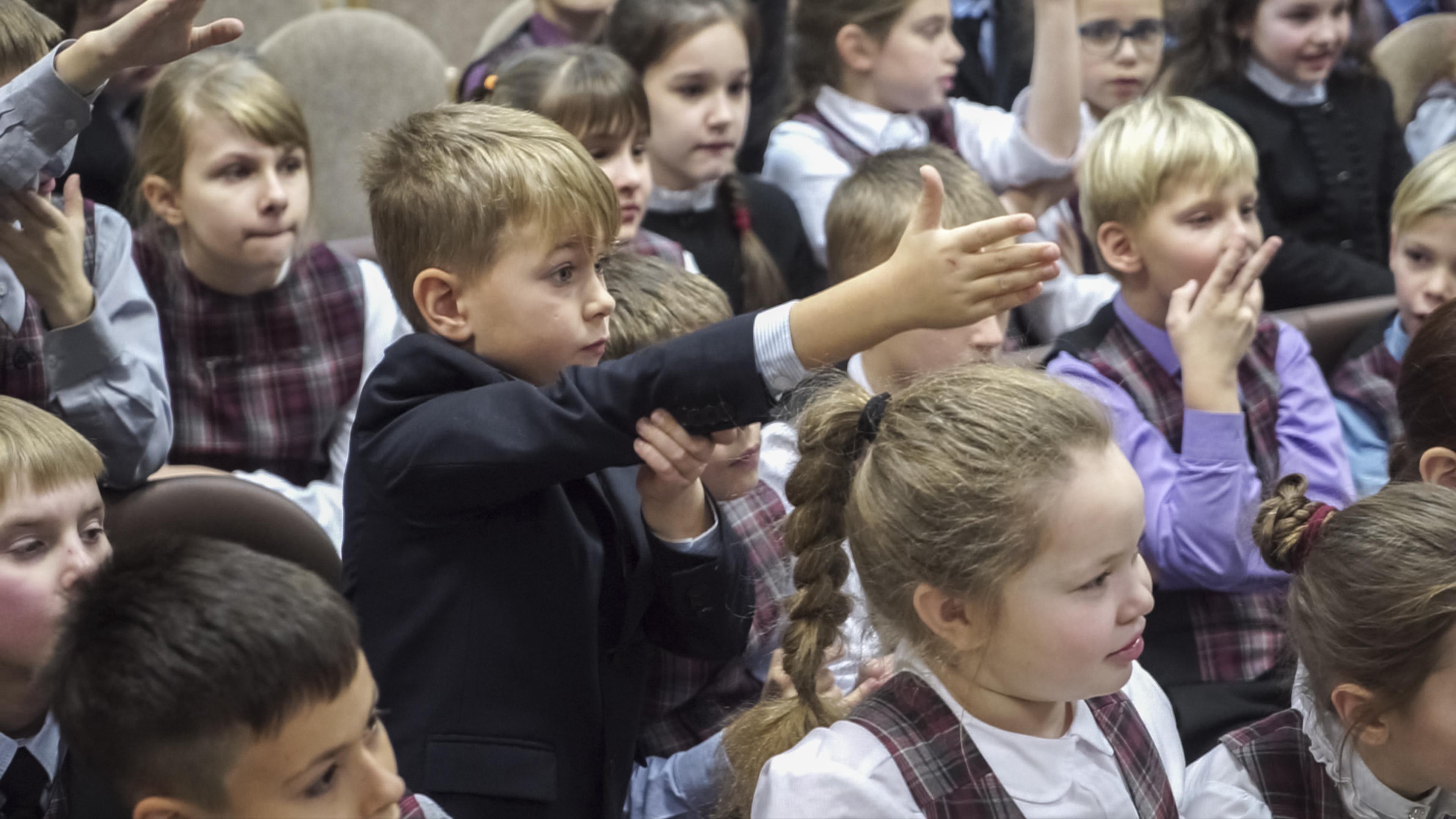 Гимназисты Санкт-Петербургской «Академической гимназии № 56» встретились с Николаем Миклухо-Маклаем